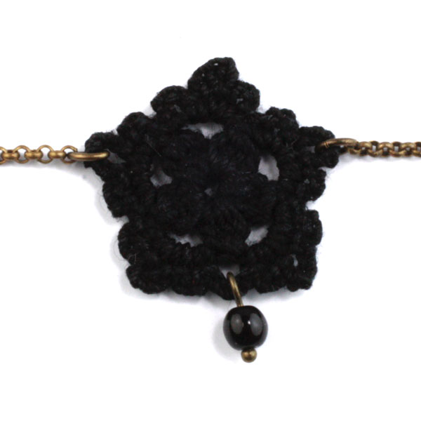 bracelet-chichi-noir-tactilotics